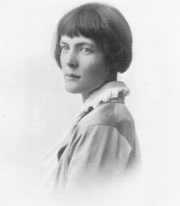 Photo of HD (Hilda Doolittle)
